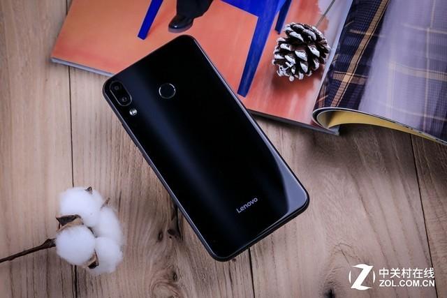屏占比大战再添丁 6GB旗舰联想Z5上手(待审不发)