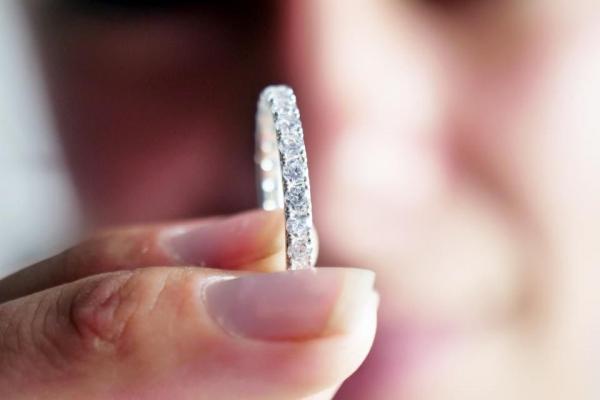 新区块链工具为钻石提供免费价格估算 可显示钻石质量和来源
